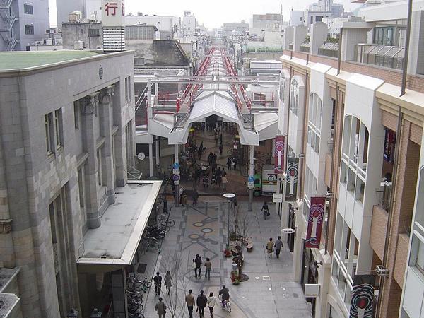写真:丸亀町商店街