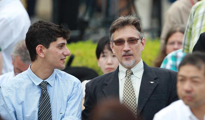 トルーマンの孫であるクリフトン・トルーマン・ダニエル氏(写真:右)
