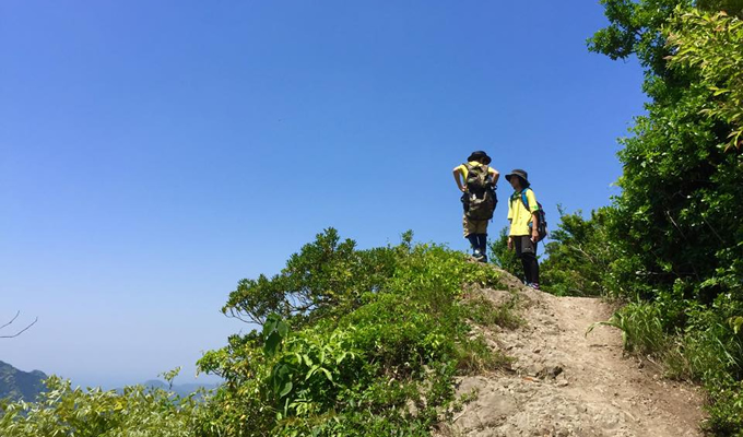 登山が仕事の測量とは