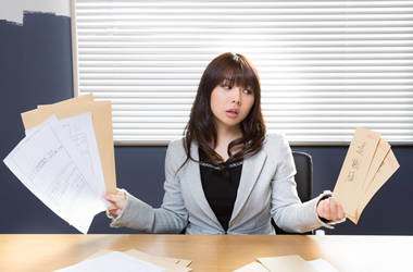 【会社の面接】履歴書を手書きするという不毛な作業