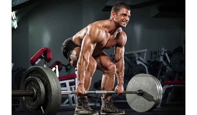 【フィットネス】デッドリフトは脚や背中だけでなく、腹筋も効率よく鍛えることができる