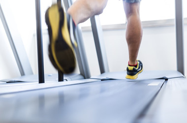 筋トレと有酸素運動ってどっちが先がいいの?
