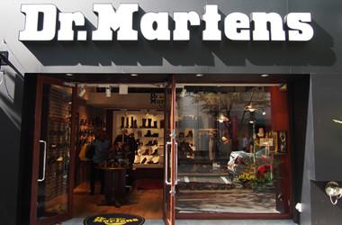オフィスの女子がDr.Martens(ドクター・マーチン)を履いてるとカッコいいと思う