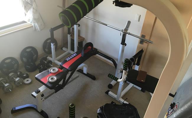 自室にあるIROTECのトレーニング器具